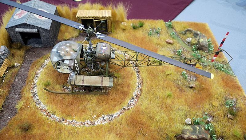 Plastikmodellbau Helikopter Diorama